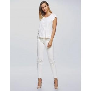 Camiseta Van Dos con bordados lino blanco